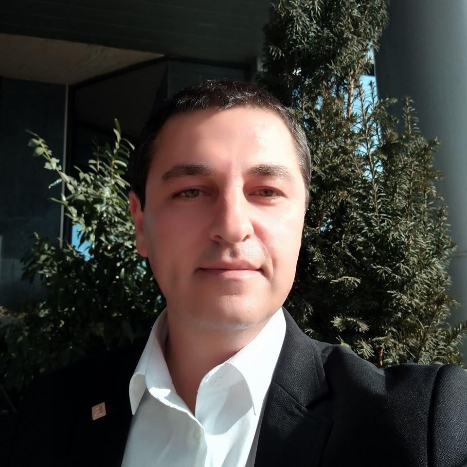 Петър Прешелков